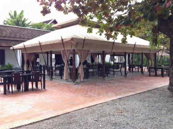 Hotel de la Paix: Governer's Grill