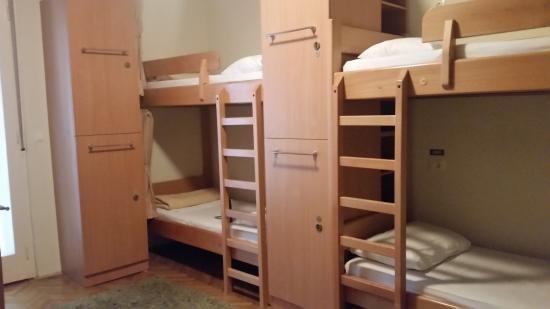 Tchaikovsky Hostel Split: Mixed 6 bed dorm room