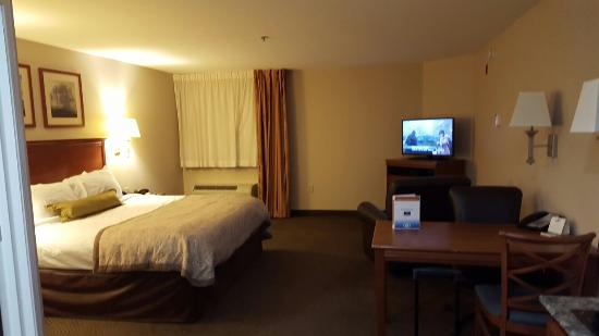 Candlewood Suites Murfreesboro: 20151201_174332_large.jpg