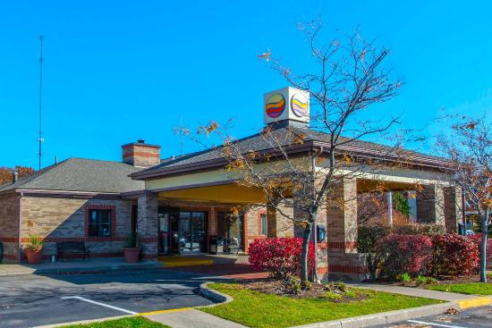 Photo of Comfort Inn & Suites Erie