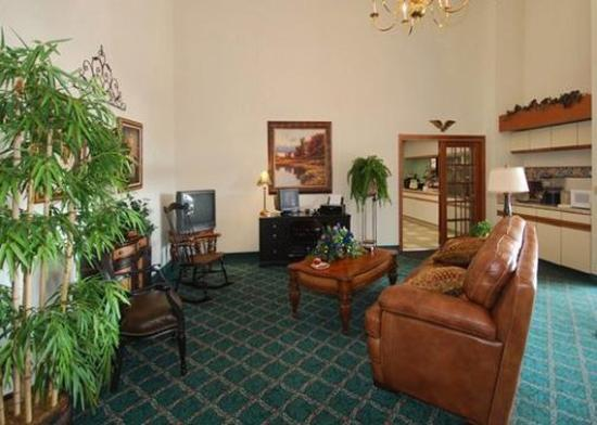 Jackson, Ohio: Lobby