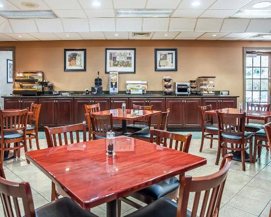 Mendenhall, Πενσυλβάνια: Breakfast area