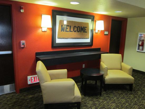 Extended Stay America - Union City - Dyer St.: Lobby and Guest Check-in