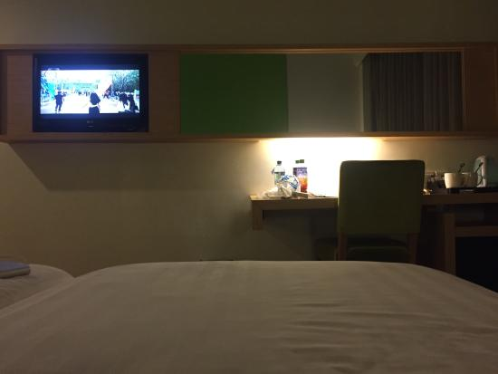 Ruang Kamar Picture Of Quest Hotel Semarang Semarang Tripadvisor