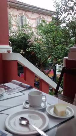 Bossa in Rio Hostel: un desayuno afuera