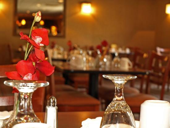Clarion Inn Columbia-Airport: Magnolia's Restaurant