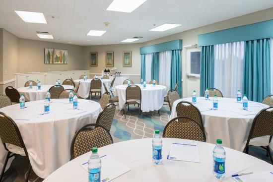 McKinleyville, Kalifornien: Host your next meeting in our meeting room
