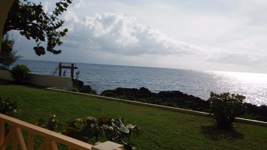 Coral Seas Cliff: balcony view