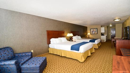 Fort Atkinson, WI: Family Suite