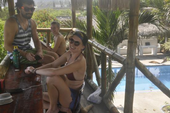 Cabanas Viejamar Surf: Terraza al Mar