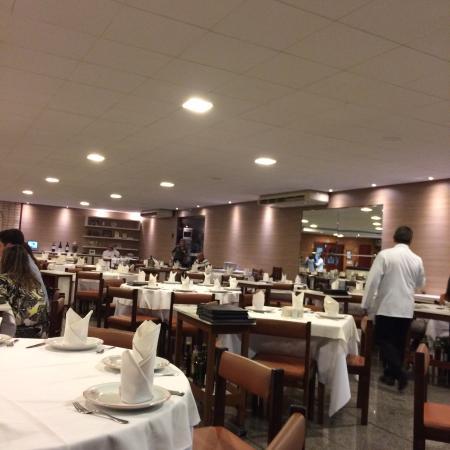 Restaurante mediano