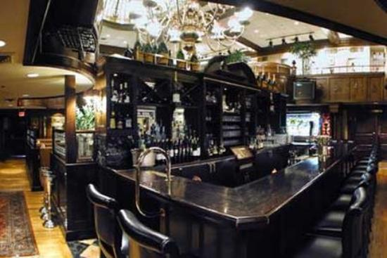 Morristown, Nueva Jersey: The Bar at Rod's Steak and Seafood Grille