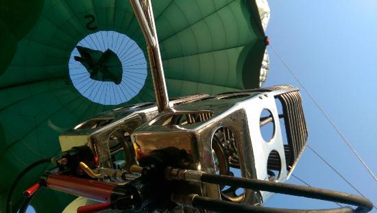 Oriental Ballooning Ngapali
