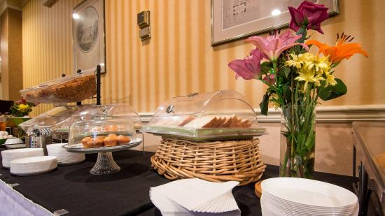Adria Hotel And Conference Center: Breakfast Buffet - Adria Hotel
