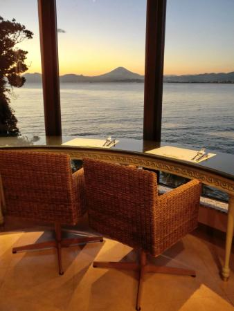 Enoshima Island Spa: Dinner View of Mount Fuji on Clear Evenings