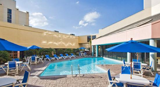 Wyndham Virginia Beach Oceanfront: Pool