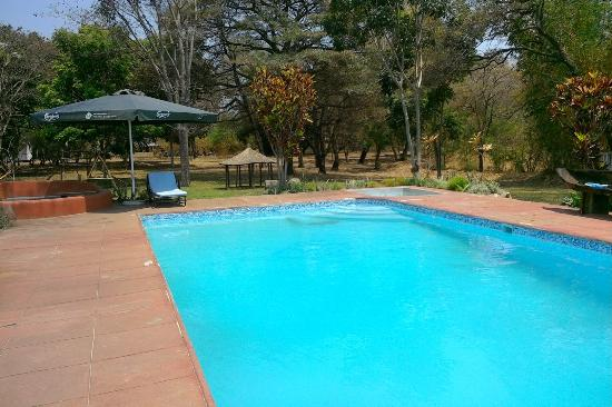 Central African Wilderness Safaris Chintheche Inn : The pool