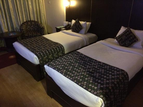 Hotel Vaishali: twin bed sharing