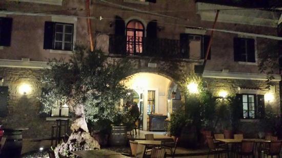 Hotel Villa Andor