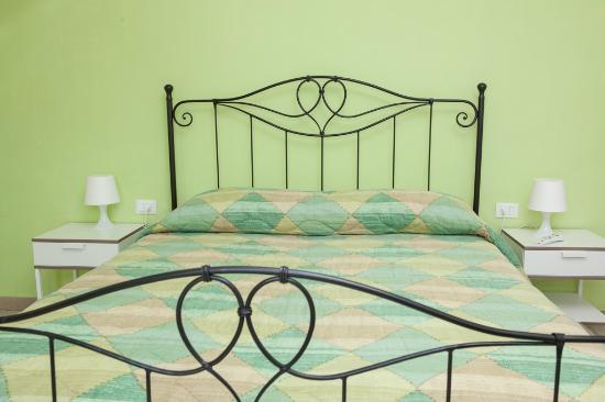 Camera Matrimoniale In Pino.Camera Matrimoniale Picture Of Il Verde Pino Bed And Breakfast