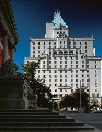 Fairmont Hotel Vancouver: Exterior View