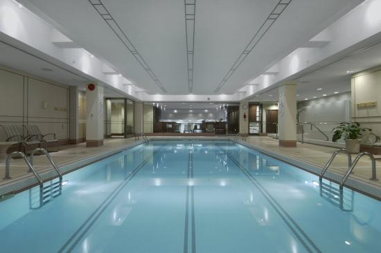 Fairmont The Queen Elizabeth: Indoor Swimming Pool