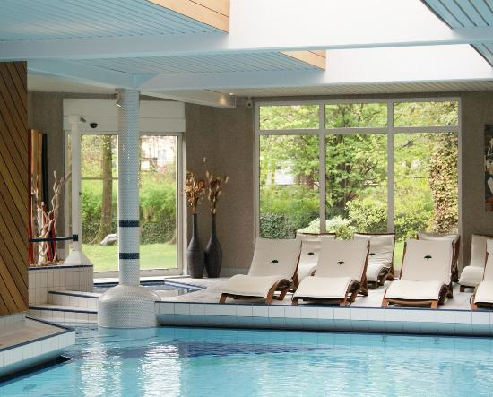 Piscine picture of hotel restaurant spa verte vallee for Piscine spa alsace