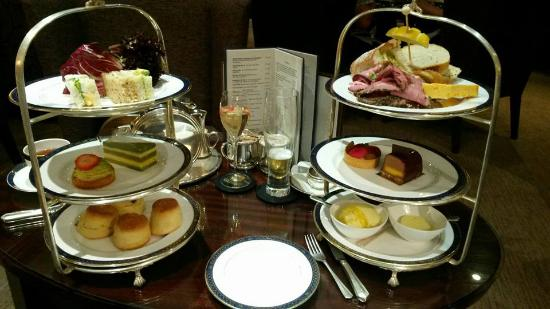 ‪Afternoon Tea at the Grosvenor Hotel‬