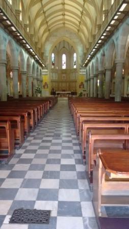 St. Emmanual Cathedral : Dentro da catedral