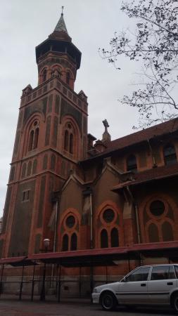 St. Emmanual Cathedral : Fora da catedral