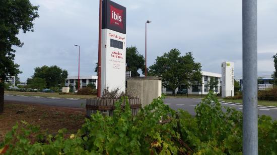 Ibis Bordeaux Aéroport : El hotel