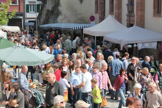 Altstadt Antikmarkt Endingen