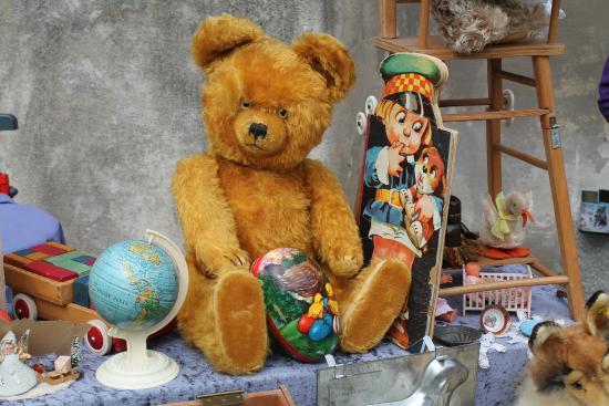 Endingen am Kaiserstuhl, Alemania: Altstadt Antikmarkt - für Schatzsucher