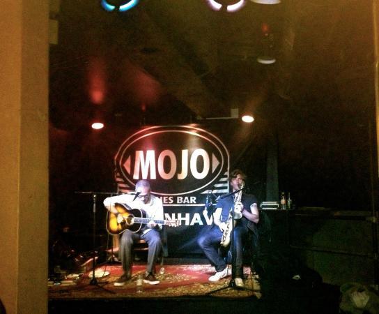 Mojo Blues Bar : Feelin' the jazz