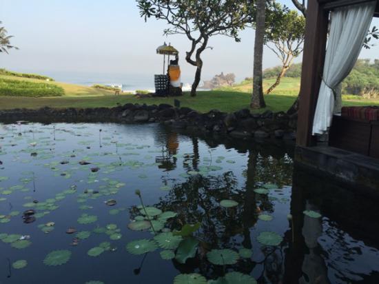 Pan Pacific Nirwana Bali Resort: วิวจากห้องอาหารเช้า