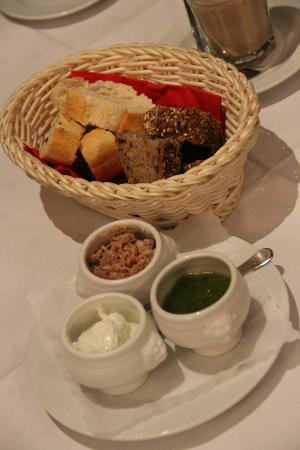 Restaurant Pottgen: Geschenk zum Abend: Gruß aus der Küche
