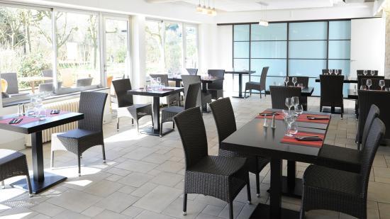 Ascain, France : Salle restaurant