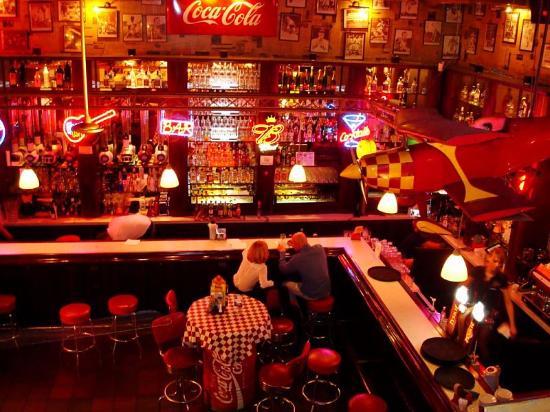 bar widziany z góry picture of jeff s warsaw tripadvisor