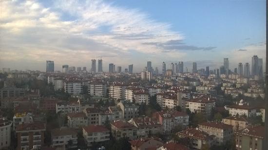 Le Méridien Istanbul Etiler: room view