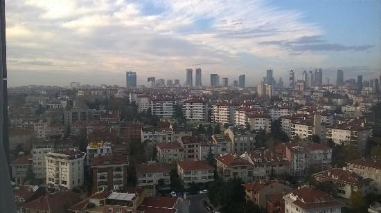 Le Méridien Istanbul Etiler: room view city