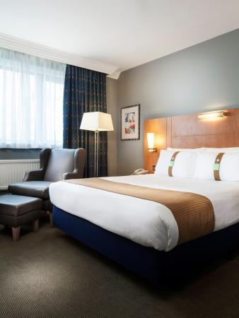 Photo of Holiday Inn London - Heathrow Ariel Hayes