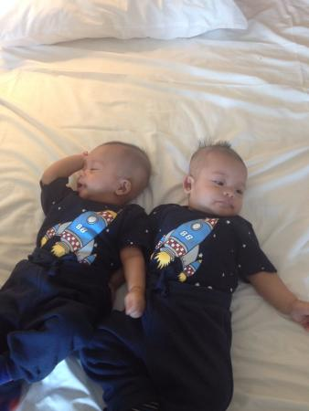 Hotel 81-Tristar: comfy beds for babies