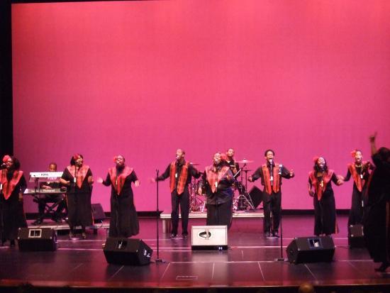 Lebanon, IL: Gospel singers