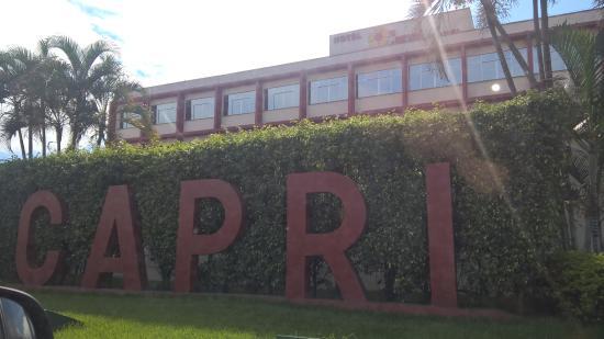 Capri Hotel : vista da frente hotel