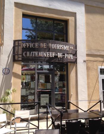 Office de tourisme de ch teauneuf du pape chateauneuf du - Office de tourisme chateauneuf du pape ...