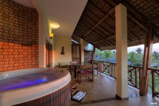 Terrasse Avec Jacuzzi Prive Suite Prestige Picture Of Vanila Hotel