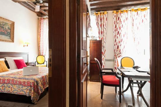 Hotel Bersoly's Saint Germain : Suite ou chambre familiale