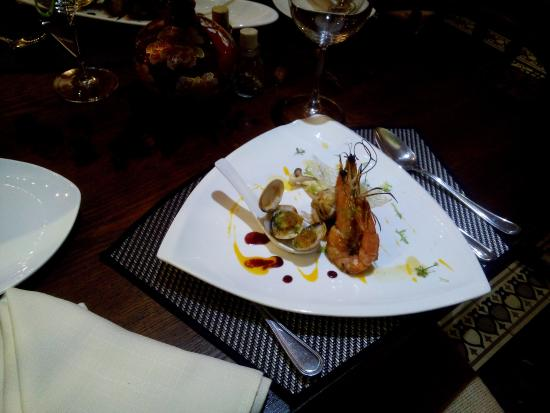 My catch of the day picture of madam yen restaurant for Restaurant madame nancy