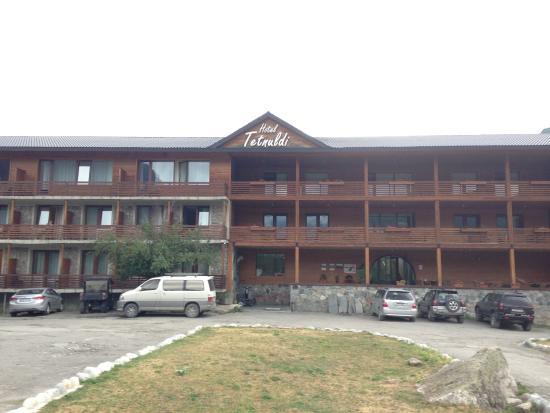 Hotel Tetnuldi: фасад гостиницы