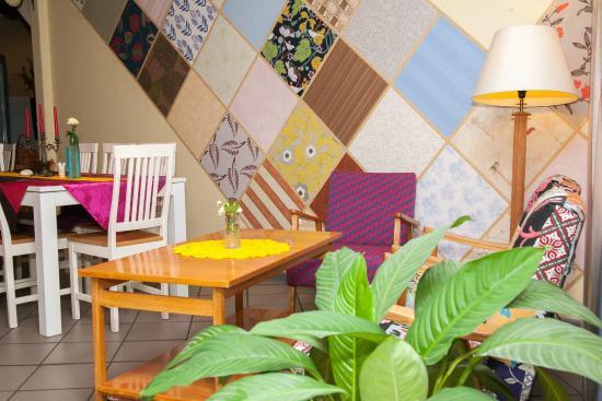 Economy Hotell: FRIENDS CAFE (KOHVIK SÕBRAD)